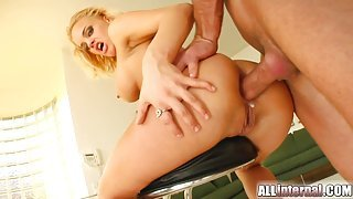 Blonde babe her ass tag teamed and creampied