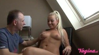 Dutch handyman spraying is load inside blonde pussy