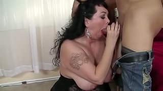 Alexis Couture receives a hot and nasty cumshot in the mouth and face
